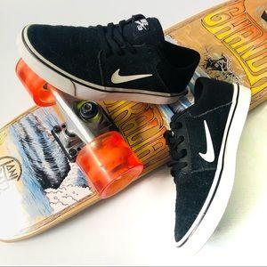 Nike SB Youth Skate Boarding Shoe Sneakers Skater